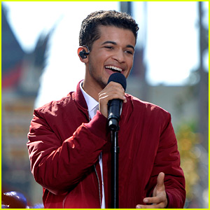 Jordan Fisher Is Performing in Disney's Christmas Special This Morning!