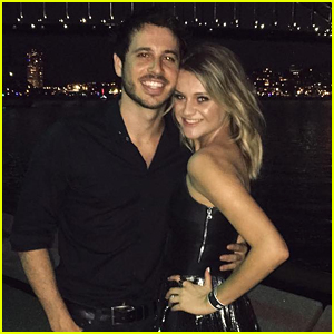 Kelsea Ballerini & Fiance Morgan Evans Celebrate New Year's Eve in Sydney!