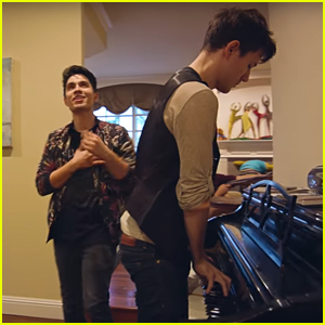 VIDEO: YouTube's Kurt Hugo Schneider & Sam Tsui Mash Up 2016's Most Popular Songs with The Mannequin Challenge