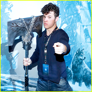 Modern Family's Nolan Gould Launches 'Destiny: Rise of Iron' Game