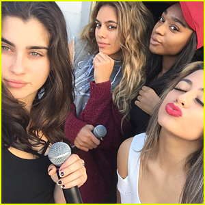 Fifth Harmony Gear Up For People's Choice Awards Performance in New Selfie