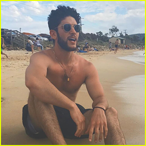 Rahart Adams Goes Shirtless on the Beach Before Reuniting with 'Pacific Rim 2' Cast