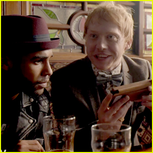 VIDEO: Rupert Grint Gets Involved in Organized Crime in First 'Snatch' Trailer