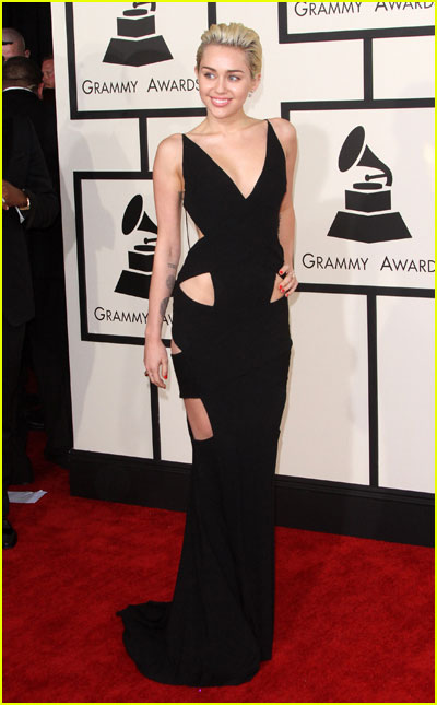 10 Vintage Grammy Looks that Topped This Year! | 2017 ... Miley Cyrus Grammys 2013