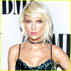Taylor Swift Practices 'I Don't Wanna Live Forever' on Acoustic Guitar (Video)