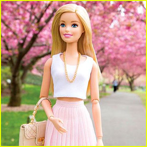 17 Stars Who Could Replace Amy Schumer in Barbie Movie