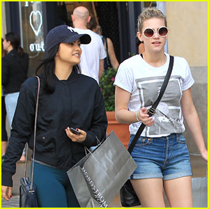 Camila Mendes & Lili Reinhart Really Don't Like This Two-Week 'Riverdale' Break
