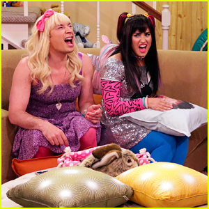 Watch Demi Lovato & Jimmy Fallon in Hilarious 'Ew!' Sketch!
