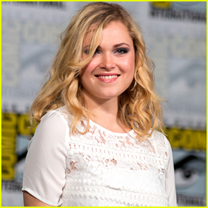 'The 100's Eliza Taylor Starts Another Auction For Family Friend Diagnosed With Leukemia