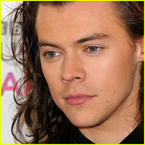 Harry Styles Solo Album is Reportedly REALLY Close to Being Released -- Find Out When!