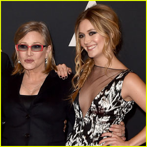 Billie Lourd Pays Tribute To Her Mom at 'Star Wars' Event in Florida