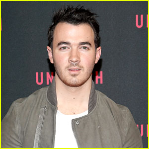 Kevin Jonas' Family Easter Picture Will Literally Make You Melt