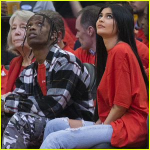 Kylie Jenner & Travis Scott Hang in His Hometown!