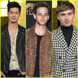 Ross Butler, Miles Heizer & Brandon Flynn Bring '13 Reasons Why' To MTV Movie & TV Awards 2017