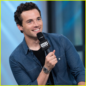 Ian Harding Gets Major Support From 'Pretty Little Liar's Co-Stars For New Book 'Odd Birds'