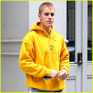 Justin Bieber Finds a Famous Face in the Big Apple