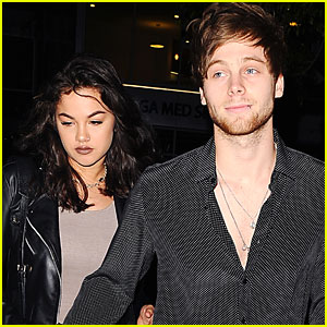 Did 5SOS's Luke Hemmings & Arzaylea Break Up?