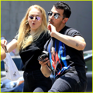 Joe Jonas & Sophie Turner Show Off Their Kickboxing Moves!