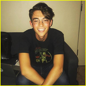 Greyson Chance Publicly Comes Out As Gay; Writes Inspiring Message About It