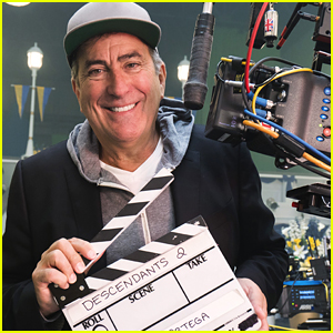 Kenny Ortega Promises Much Bigger Performances for 'Descendants 2'