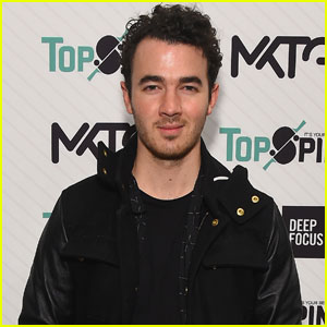 Kevin Jonas Celebrates Former Disney Women & Their Hit Summer Singles