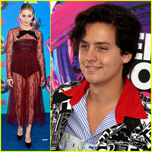 Cole Sprouse & Lili Reinhart Are Both Teen Choice Awards Winners!
