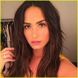 Demi Lovato Posts Pic Exposing Midriff: 'I Rarely Post Pics With My Belly Button'