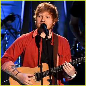 Ed Sheeran Sings 'Shape of You' at MTV VMAs 2017! (Video)
