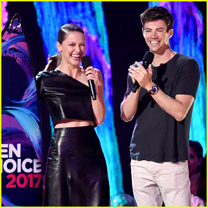 Superhero Stars Grant Gustin & Melissa Benoist Both Win at Teen Choice Awards 2017!