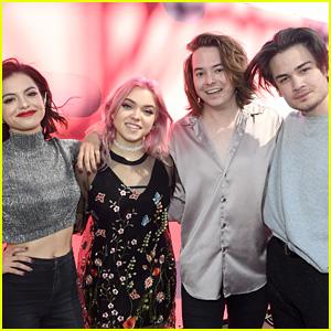 Hey Violet Perform 'Break My Heart' at iHeartRadio Music Festival (Video)