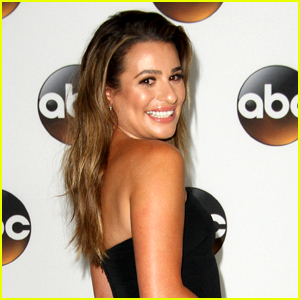 Lea Michele Has a 'Pinch Me' Moment in the Grocery Store