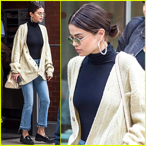 Selena Gomez Defines Fall Chic While Heading to Lunch