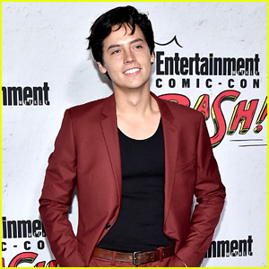 Cole Sprouse Explains How You Can Recognize a Hufflepuff