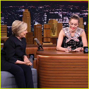 Miley Cyrus Tears Up While Writing Emotional Thank You Letter in Front of Hillary Clinton - Watch!