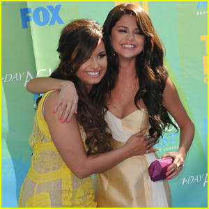 Selena Gomez Just Sent Demi Lovato the Sweetest Congratulatory Note!