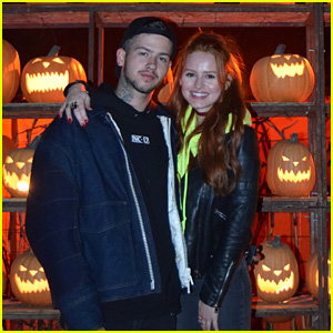 Madelaine Petsch & Travis Mills Couple Up for Scares at LA Haunted Hayride