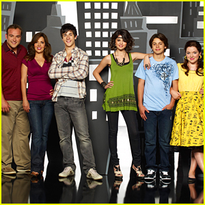 The 'Wizards of Waverly Place' Creator Wants to Create a PG-13 'High-Budget' Reunion Movie