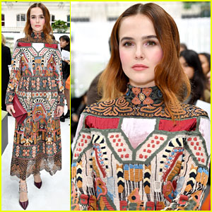 Zoey Deutch Attends Valentino Show at Paris Fashion Week