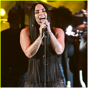 Demi Lovato Belts Out 'Sorry Not Sorry' at MTV EMAs 2017! (Video)