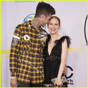 Madelaine Petsch Gets Super Cute With Boyfriend Travis Mills at AMAs 2017