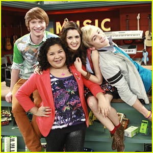 Laura Marano, Raini Rodriguez & Calum Worthy Reflect on Six Years of 'Austin & Ally'