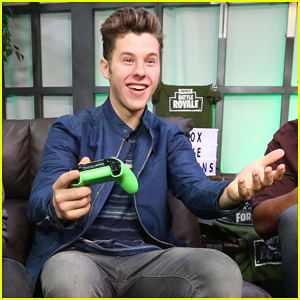 Nolan Gould Hosts Xbox Live Sessions to Play Fortnite!