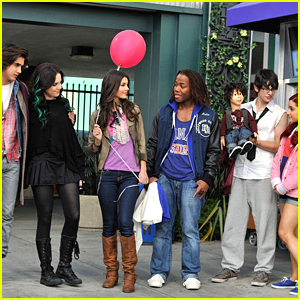 'Victorious's Fictional High School Hollywood Arts Was Torn Down!