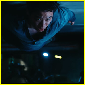 Minho Gets Stuck To The Ceiling In New 'Maze Runner: The Death Cure' Clip - Watch Now!
