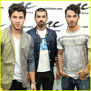 The Jonas Brothers Spark A Lot of Reunion Talk After Trending on Social Media
