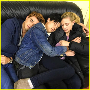 Riverdale's Cole Sprouse, Lili Reinhart & KJ Apa Nap on Set Together
