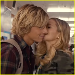 Ross Lynch Becomes The Most Popular Guy in School Overnight in 'Status Update' Trailer