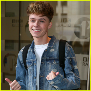 Muser HRVY Opens Up About His 'Sound' Changes Daily