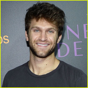 Keegan Allen Secretly Wants to Be a Slime Reviewer!