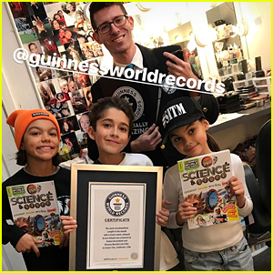 'Stuck In The Middle' Stars Malachi Barton, Nicolas Bechtel & Ariana Greenblatt Break World Records!